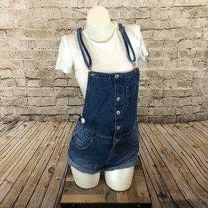 NWOT denim overall shorts size 26 adjustable strap